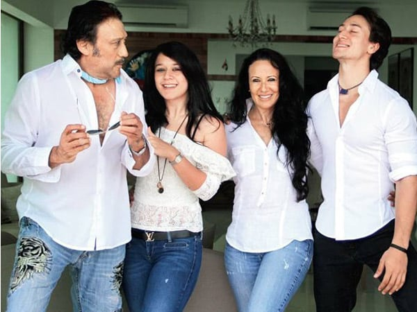 Tiger Shroff with family