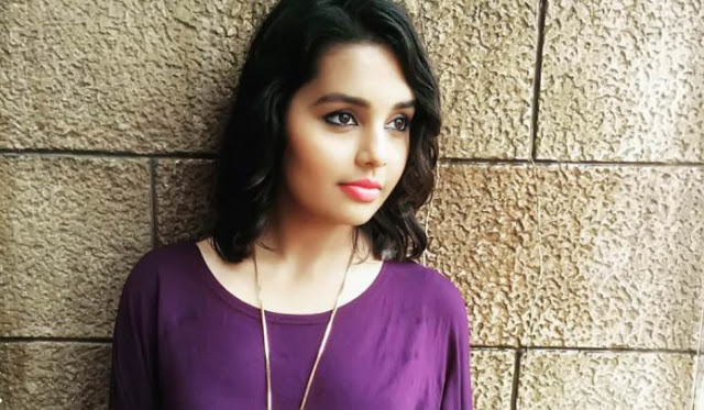 Shivani Rangole Photo