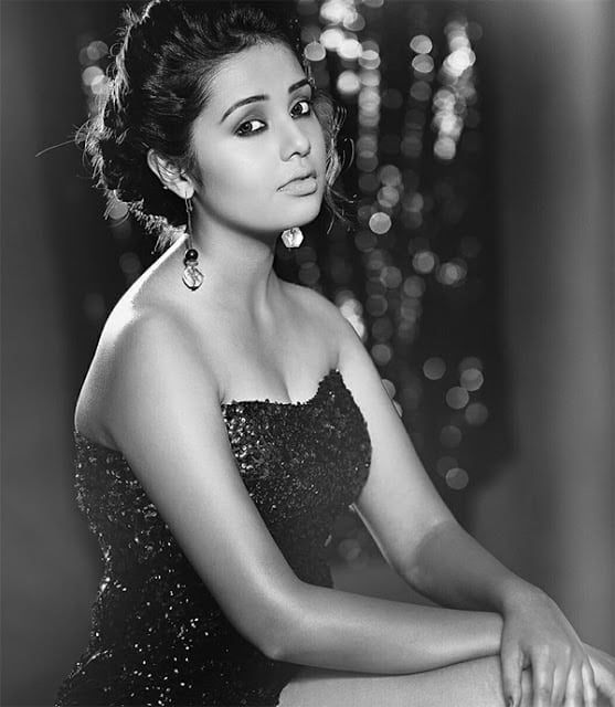 Shivani Rangole B&W Photo