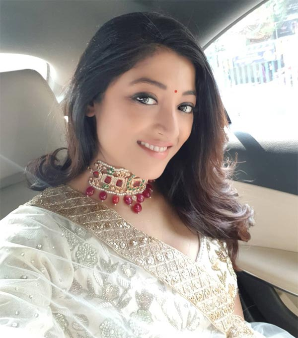 Paoli Dam in a car