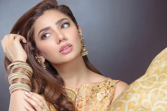 Mahira Khan HD Photo
